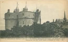 49 - MONTREUIL BELLAY - Le Château - Les Remparts - Montreuil Bellay