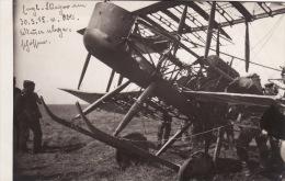 CP Photo Mars 1915 WANCOURT (près Croisilles) - Un Avion Anglais, Soldats Allemands, Aviation (A51, Ww1, Wk1) - France