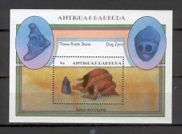 Antigua & Barbuda 1985 Art - Tainos Worshiping - Three Points Stone - Dog Zemi MS MNH - Antigua Et Barbuda (1981-...)