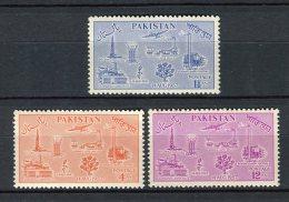 Pakistan 1957. Yvert 92-94 ** MNH. - Pakistan
