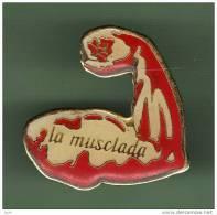 LA MUSCLADA *** (0398) - Haltérophilie
