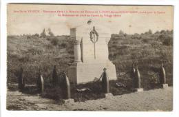 CPSM FLEURY DEVANT DOUAUMONT (Meuse) - Bataille De Verdun : Monument Placé Au Centre Du Village Détruit - Frankreich
