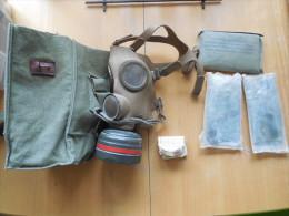 ARMEE BELGE / MASQUE ANTI-GAZ COMPLET AVEC CES ACCESSOIRES - Equipment