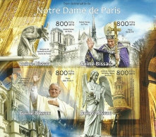 gb13101ai Guinea Bissau 2013 850th Anniversary Notre Dame de Paris John Paul II Benedict XVI imperf s/s