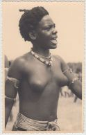 19994g CONGO - BELGE - ETHNOGRAPHIQUE - STANLEYVILLE - DANSEUSE WAGENIAS - Seins Nus - Congo Belge - Autres