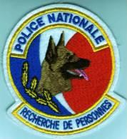 Ecusson Police Nationale  RECHERCHE DE PERSONNES - Police & Gendarmerie