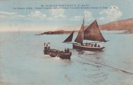 22044 Saint QUAY PORTRIEUX Le Bâteau Pilote (Grand Legeon) Visiter Escadre Mouillee Devant Port . AB 22 -colorisée Voili - Saint-Quay-Portrieux