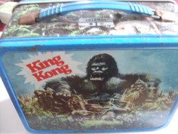 KING KONG Boite En Fer Avec Sa Bouteille Thermos 1977 - Autres
