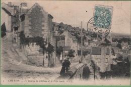 37 CHINON - La Montée Du Chateau Et La Ville Haute - Chinon