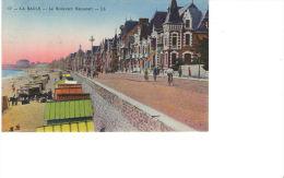 LA BAULE - Le Boulevard  Hennecart - 17 - La Baule-Escoublac