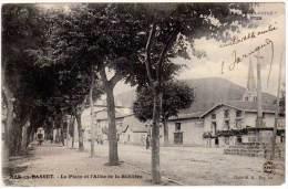 Bas En Basset - La Place Et L'Allée De La Sablière - France