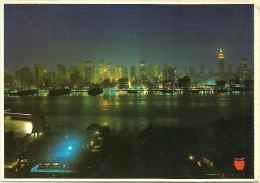 PANORAMA OF THE NEW YORK CITY SKYLINE FROM ACROSS THE HUDSON RIVER ON THE NEW JERSEY SHORE - Hudson River