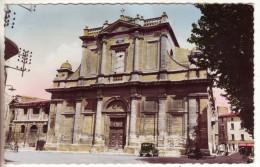 CPSM Colorisée De L'Isle Sur Sorgue (Vaucluse 84) Eglise Saint Laurent - L'Isle Sur Sorgue