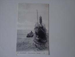 CPA 59 DUNKERQUE RAVITAILLEMENT D'UN BATEAU - Dunkerque