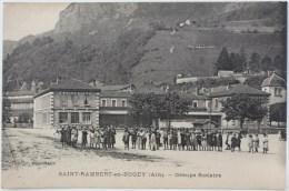 CPA Ecrite St Rambert En Bugey ( 01 ) Enfants Devant Le Groupe Scolaire - France