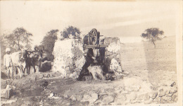 INDE  / 1912 / TRES BELLE CARTE PHOTO D UN MEDECIN / PUITS / PRES DE DEHLI - Inde