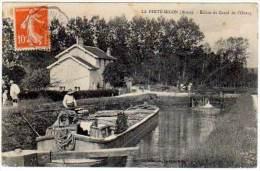 La Ferté Millon, écluse Du Canal De L'Ourcq (péniche) - Autres Communes
