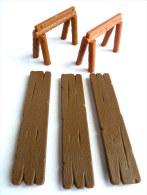 Figurine TABLE COMPLETTE MARRON FONCEE - PLAY ASTERIX TOY CLOUD CEJI - Astérix & Obélix