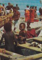AFRIQUE,AFRICA,AFRIKA,Sén égal,village De Pécheurs,métier De La Mer,enfant Nu,rare - Sénégal