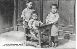 CHINE - Mission Des Jésuites - Trois Orphelines De La Sainte-Enfance - Chine