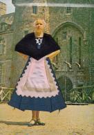 Thematiques Brodées Folklore Région Costumes Bretons Editions Artistique De France 22 Dinan Les Cartes Rout'matic Rennes - Bordados