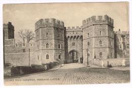 I1373 Windsor Castle - Henry VIII Gateway / Non Viaggiata - Windsor Castle