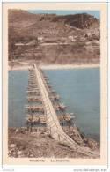 Cpa Du 04- VOLONNE- La Passerelle-( Aprés La Destruction Du Pont 1945)( Elle N´a Durée Que 3 Mois) - Frankrijk