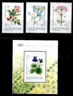 (60-61) Slovenia / Slovenie / Slowenien  Flora / Plants / Flowers / Fleurs / Blumen   ** / Mnh  Michel 396-98 + BL 14 - Slovenia