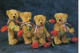 4 DUTCH TEDDY BEARS - Games & Toys