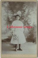 Grand CDV (CAB) Vers 1890-beau Portrait D´une Fillette-mode Enfant Robe Et Chapeau-photoEmile Tiger à Nantes - Antiche (ante 1900)