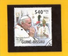 GUINEE  -  BISSAU ,,, PAPA  JOAO  PAULO  II  ( 1920 / 2005 ) ,,,  PAPA BENTO XVI  ,,, **  540 FCFA **  POSTE 2011 ,, TBE - Guinea-Bissau