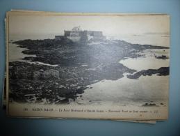 Saint Malo Le Fort National A Marée Basse - Saint Malo