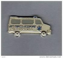 Pin´s  Médical, Automobiles  CITROËN, Ambulances  Modernes - Medical