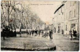 Aubagne - Le Cours Beaumont (magasin Coiffeur à Droite) - Aubagne
