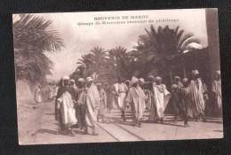 MAROCCO  SOUVENIR DE MAROC GROUPE DE MAROCAINS REVENANT DU PELERINGE Ecrite - Maroc