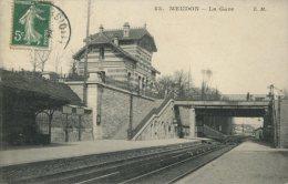92 - CPA Meudon - La Gare - Meudon