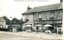 """N°36090 -cpa Café Cézard -""""La Chaumière"""" à Marolles (76) - Cafés"""