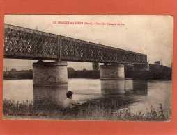 27 Le Manoir   PONT Du CHEMIN DE FER  Petite Animation Lancer De Cailloux Dans L'eau CPA  Année 1921 - Le Manoir