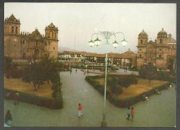 PLAZA DE ARMAS.  CATEDRAL Y LA COMPAÑIA.  CUSCO,  PERÚ - Perú