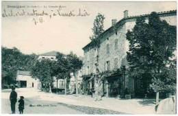 Desaignes - La Grande Place - Frankreich