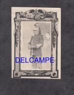 Photo Ancienne - Gendarme Officier Marechal Des Logis ? - Voir Uniforme Sabre Et Casque - Début 1900 Ou Avant - War, Military