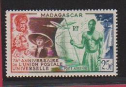 MADAGASCAR  // 25 Francs Bleu  // N 72  // Côte 5.8 € //  Poste Aérienne //  NEUF ** - Madagascar (1889-1960)