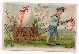 Cpa Pionnière Gaufrée - Joyeuses Pâques (Garçon Tirant Un Oeuf Dans Une Charette) 1907 - Genre Chromo - Pascua
