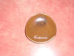 cendrier cigarette fontenoy porcelaine faience d'art   procekam  34