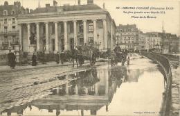44/ Nantes Serie - Nantes Innondé (decembre 1910) La Plus Grande Crue Depuis 1911 Place De La Bourse - N° 30 Vasselier - - Nantes