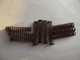 Lot De 10 Ressort De Grenade Mills 1914/1918 Anglaise - 1914-18