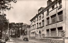 91 STE GENEVIEVE DES BOIS GROUPE SCOLAIRE JULES FERRY CPSM CIRCULEE 1963 - Sainte Genevieve Des Bois