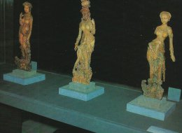 Afghanistan - Kabul  Museum.  Standing Yaksha Statues. Ivory 2nd Century     # 03053 - Afghanistan