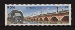 FRANCE 2004 1 Timbre YT N° 3661** BORDEAUX Tramway Et Pont - Unused Stamps