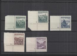 Czechoslovakia Lot MNH (8) - Czechoslovakia